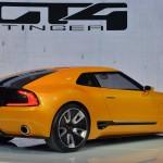Kia GT4 Stinger lateral derecho