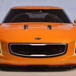 Kia GT4 Stinger delante 3