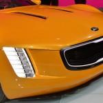 Kia GT4 Stinger faro delantero 2