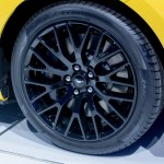 Ford Mustang 2015 llantas