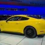 Ford Mustang 2015 izquierda